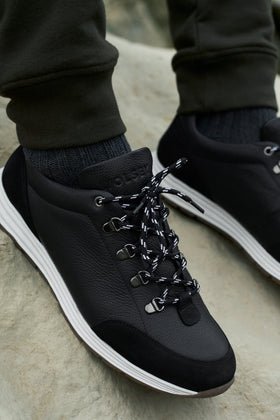Black Hiker Trainer 1.0