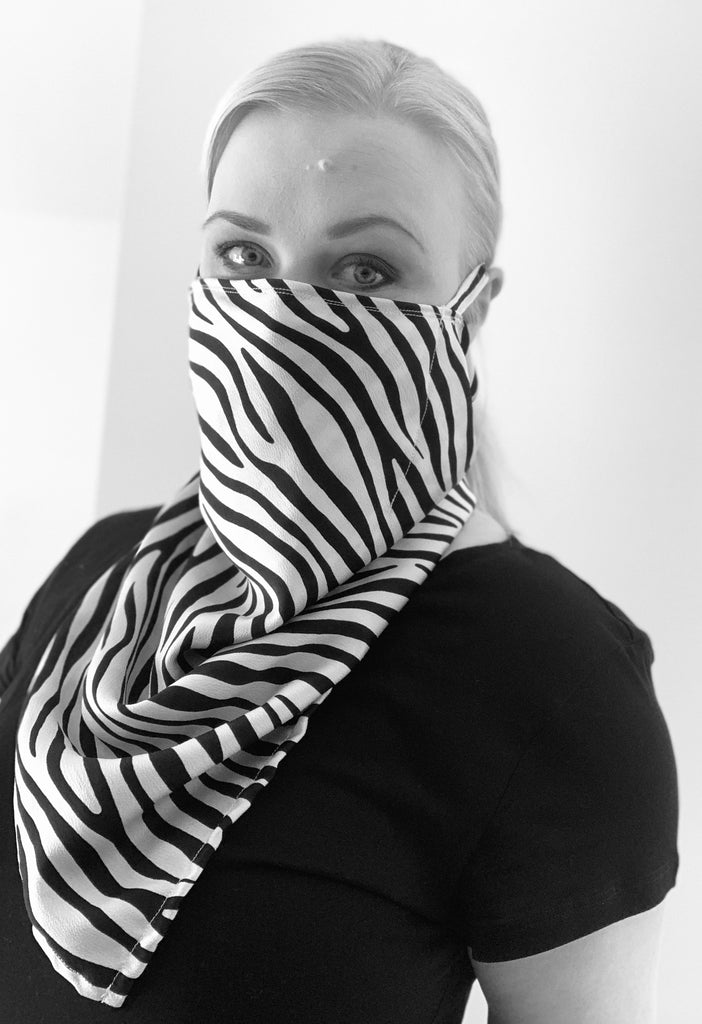 NEW! A L A V I A Scarf Mask