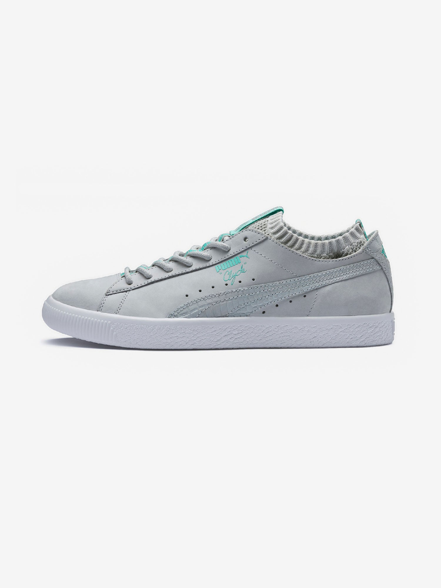 320585c62d9c67 Diamond Supply Co. DIAMOND x PUMA CLYDE SOCK LO