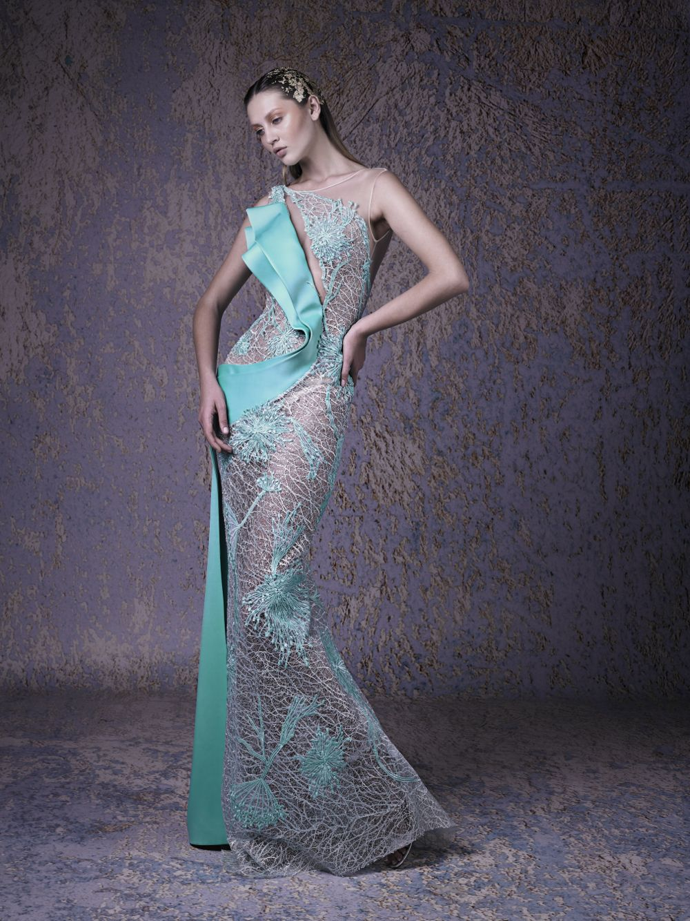 ELEGANT COUTURE DRESS
