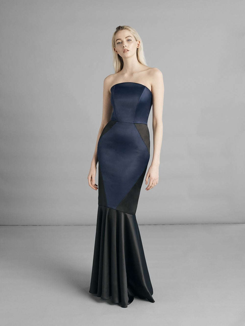 Valie Midnight Dress