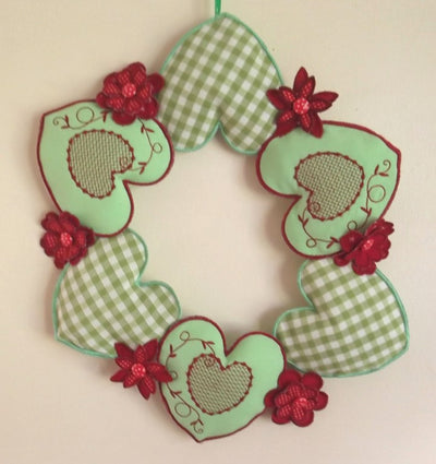 Scandi Country Hearts and Flowers Wreath