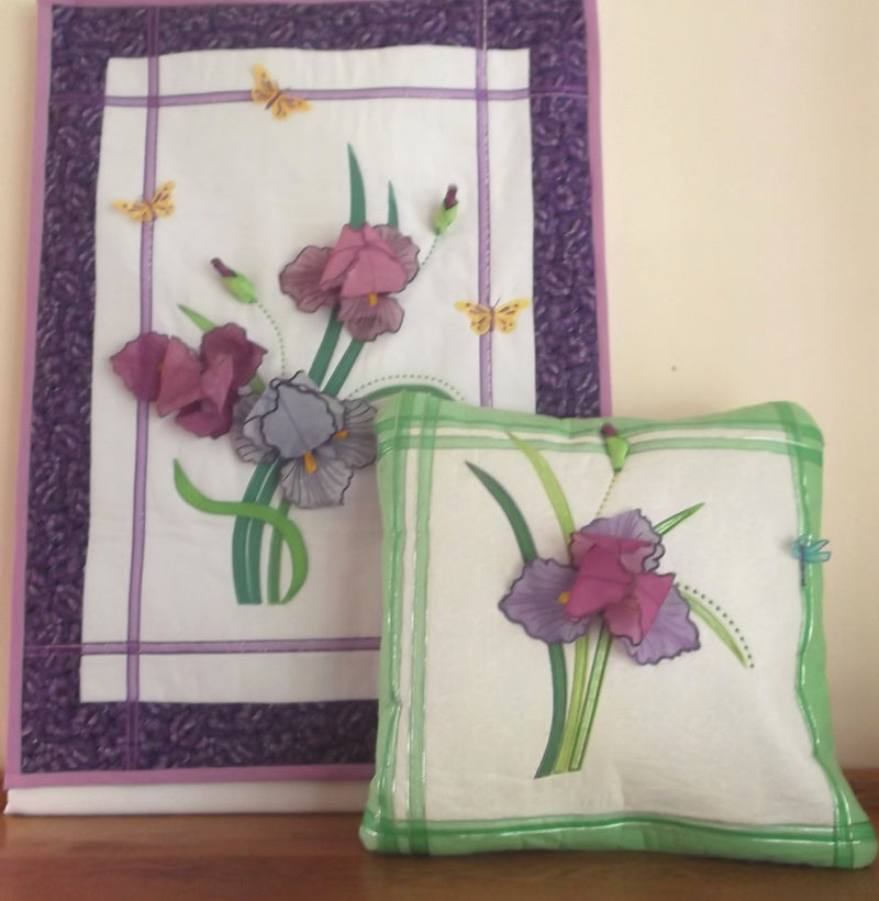 Bundle Iris Wallhanging and Cushion/Pillow