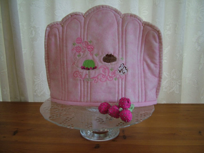 Vintage (Just Desserts) Tea Cozy