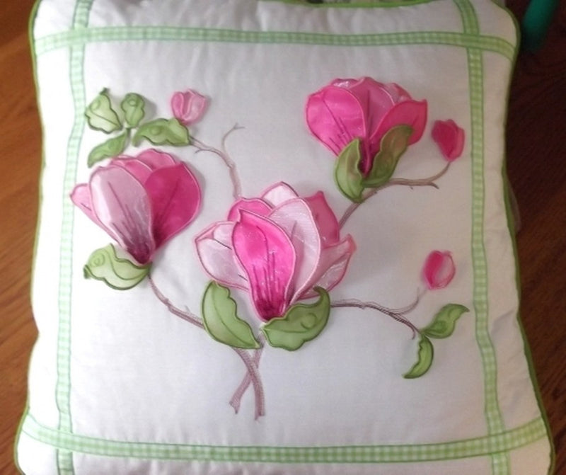 Magnolia cushion 1