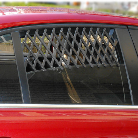 Dogs Car & Truck  Window Ventilation System Made of Lattice