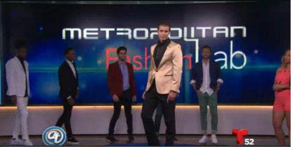 Latest trends with Ron Tomson on Acceso Total Show at Telemundo