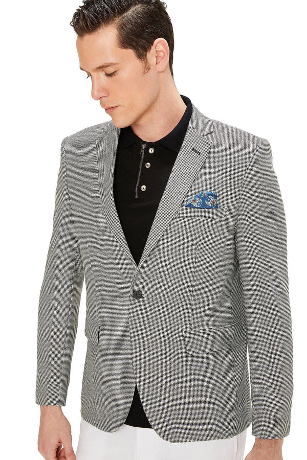 Two Button Slim Fit Blazer - Black