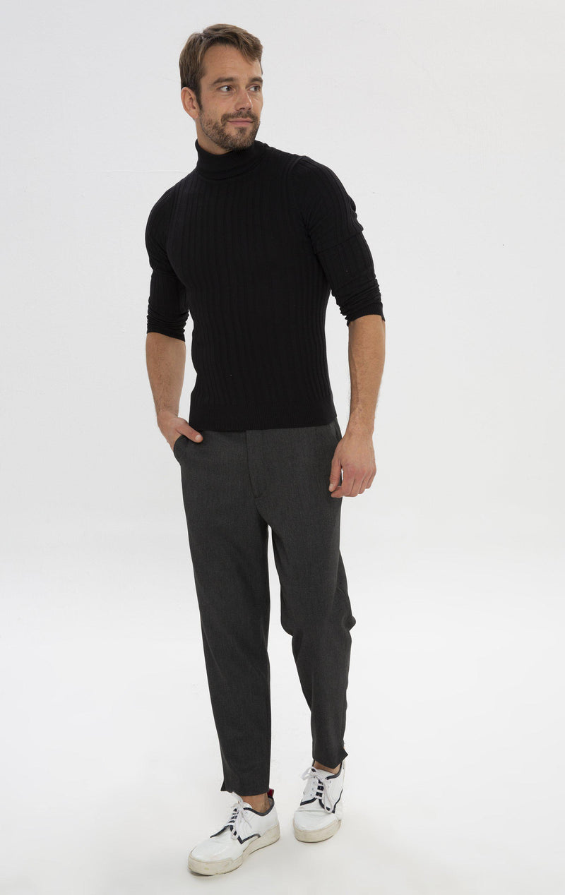 Un-cuffed Chain Fitted Pants - Black