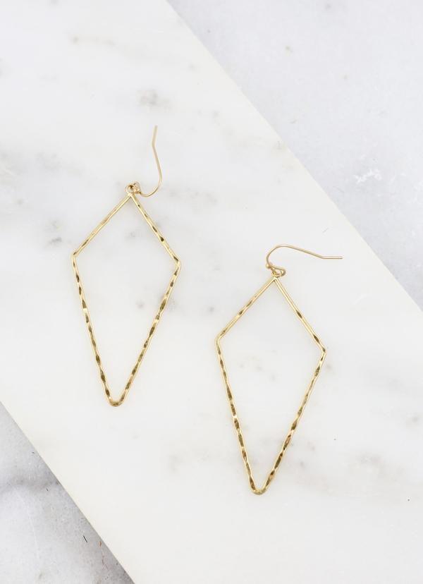 Andie Hammered Diamond Shaped Earring
