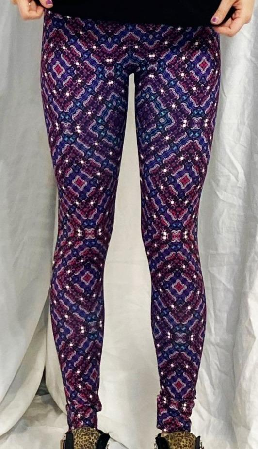 "LazyPretty - ""Matrix"" - Active Leggings - Limited Edition of 111"
