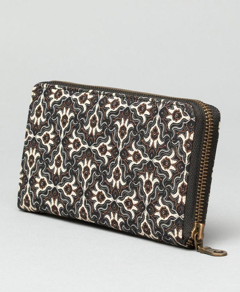 "Seed of Life - ""Hamsa"" Women's Wallet"