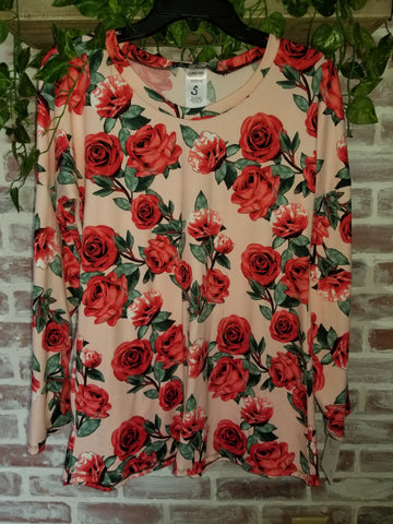 DOZENS OF ROSES  Bella Style long sleeve top