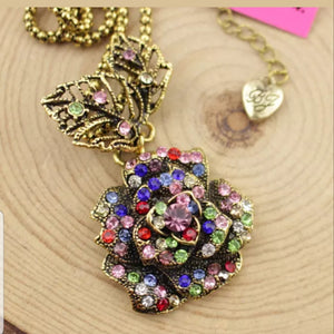 SCARLETT Multi Rhinestone Rose Pendant Necklace