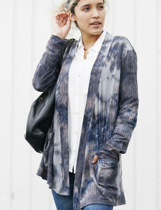 BEFORE THE STORM Tie Dye front Pocket Cardigan
