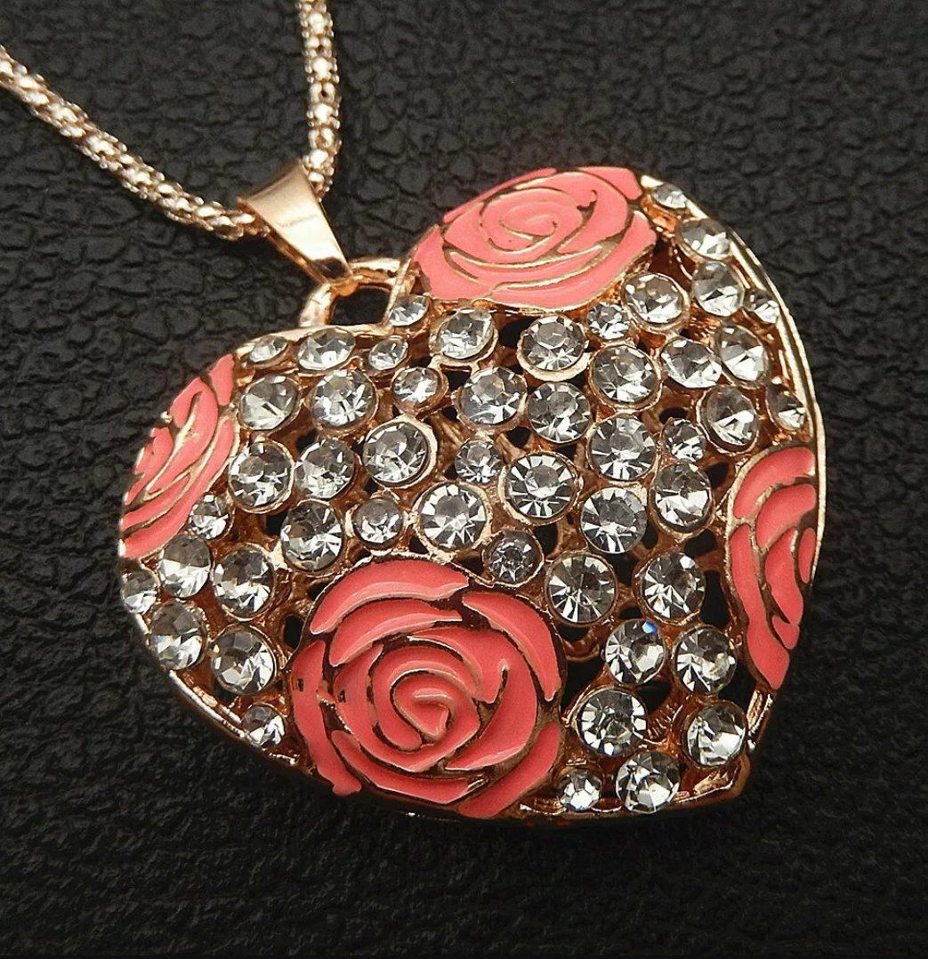 Betsey Johnson PINK ROSE Rhinestone HEART Pendant Necklace *