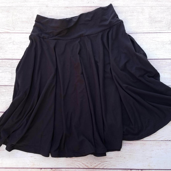 Midi Pocket Skirt - Black