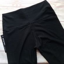 Jeggings - Black - NEW waistband!