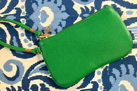 Suzanne Wristlet in Kelly Green