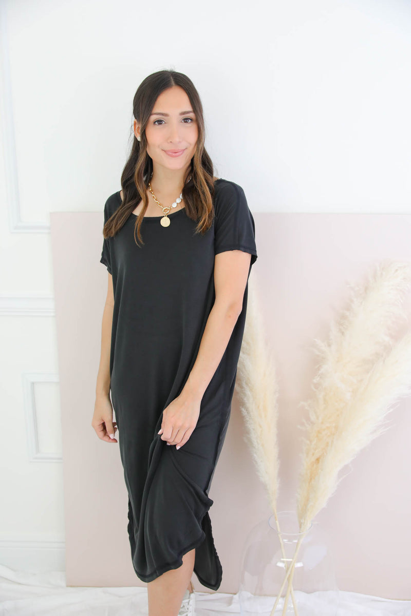 The Low Down Midi Dress - Black