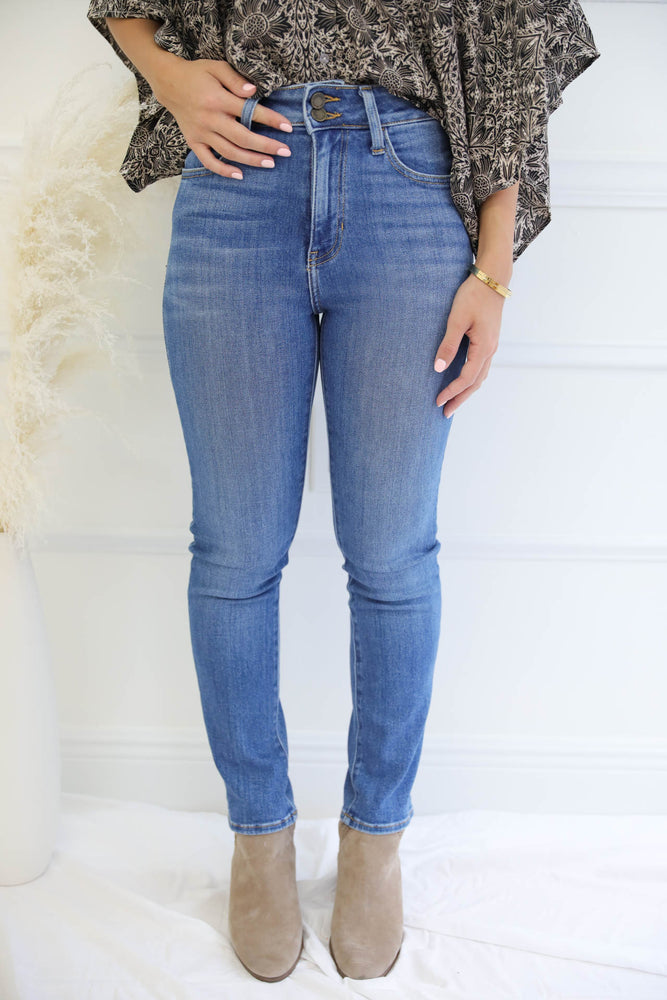 Sky Straight Jeans