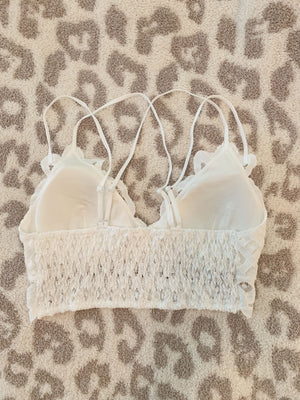 Scalloped Lace Bralette - White