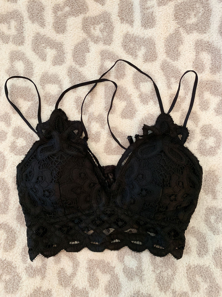 Scalloped Lace Bralette - Black