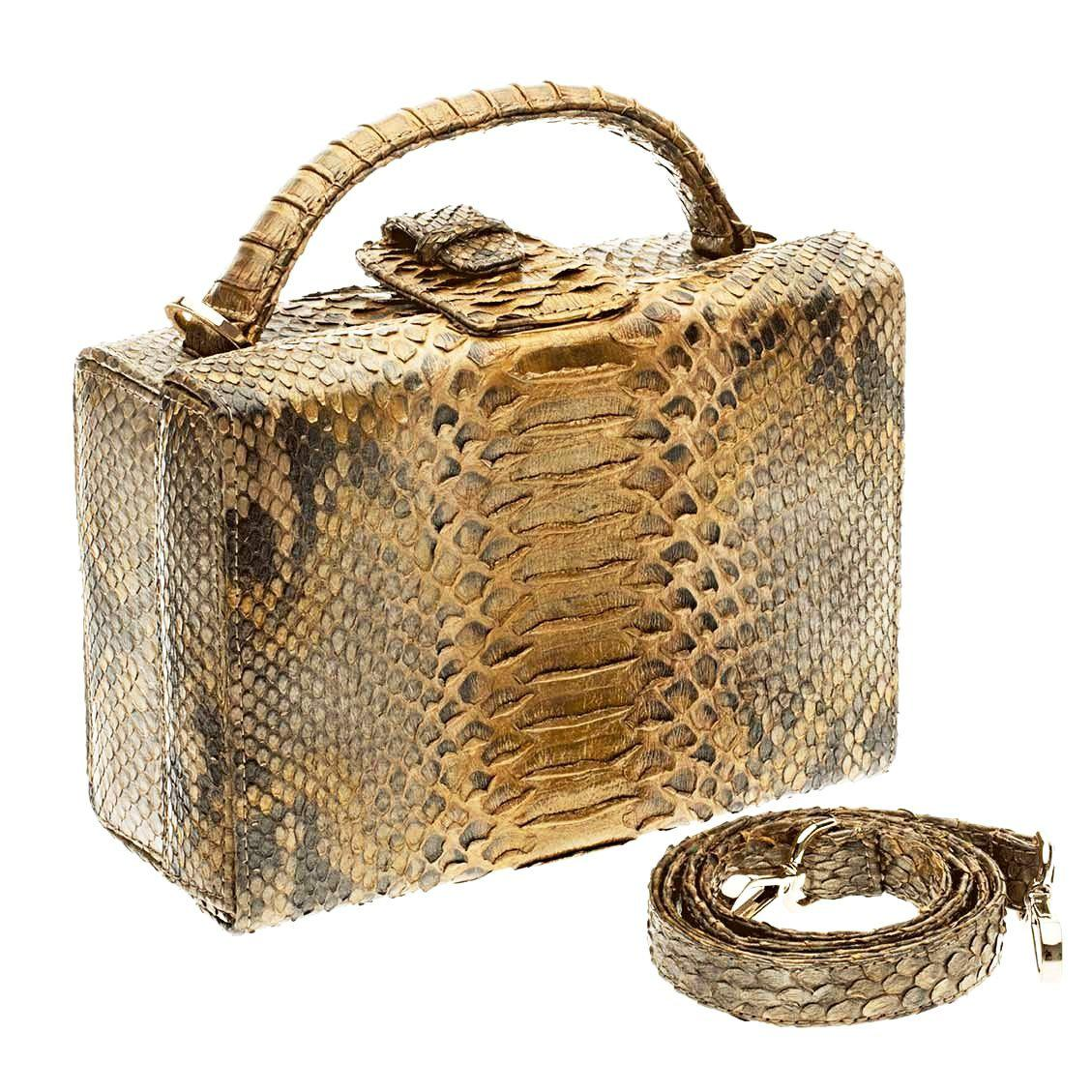 Caterina Antique Gold Scaled
