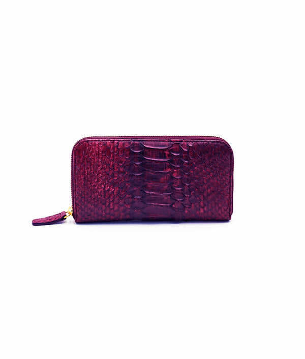 Continental Wallet in Wine