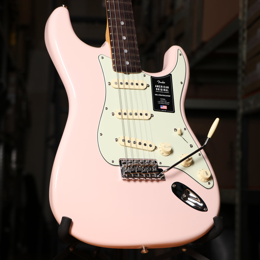 Fender American Original 60's Stratocaster Electric Guitar in Shell Pink