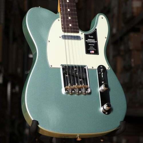 Fender American Professional II Telecaster, Rosewood Fingerboard, Mystic Surf Green