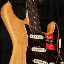Fender Limited Lightweight Ash American Professional Stratocaster Aged Natural