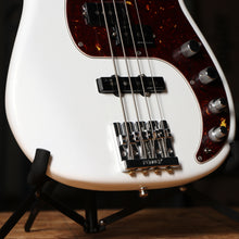 Fender American Ultra Precision Bass Guitar in Arctic Pearl with Case