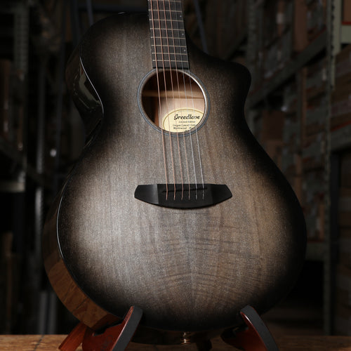 Breedlove Oregon Concert CE Acoustic Electric Guitar in Myrtlewood and Galaxy Gloss Limited