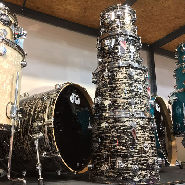 DW Collector's Series 5-Piece Shell Kit in Black Oyster Glass