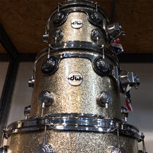 DW Collector's Series 4-Piece Shell Kit in Nickel Sparkle Glass VLT Pure Maple