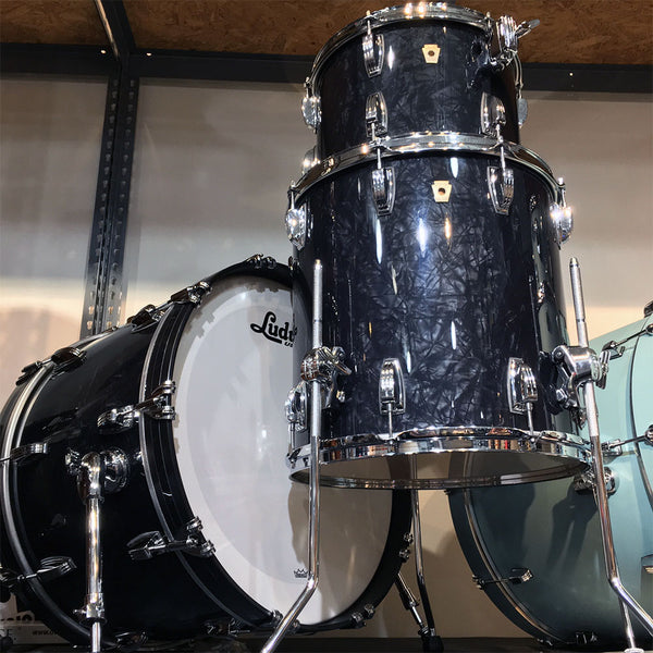 Ludwig L84233AXJBWC FAB Classic Maple 3-Piece in Jumbo Black Pearl