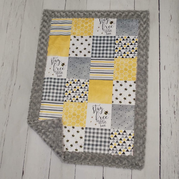 QUICK SHIP - Designer Minky Blanket - Stay Free Little Bee - Baby Size