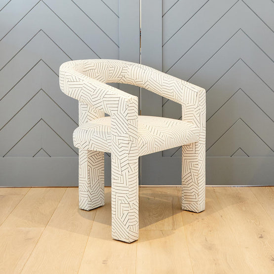ROSIE CHAIR