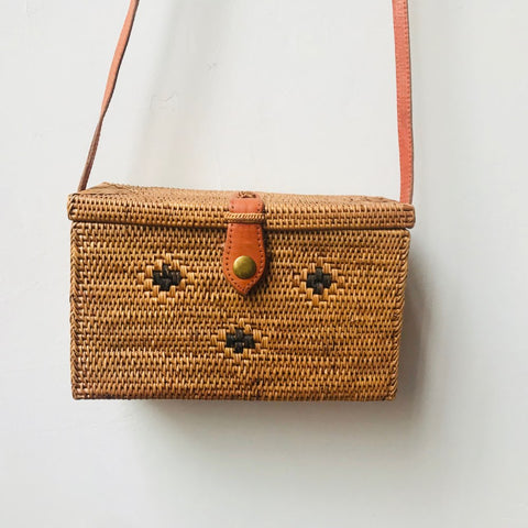 Diah Box Bali Rattan Shoulder Bag