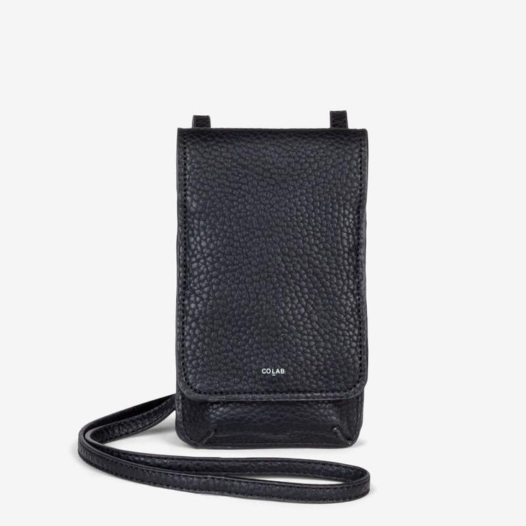 Pebble Tech Crossbody - Black - The Grinning Goat