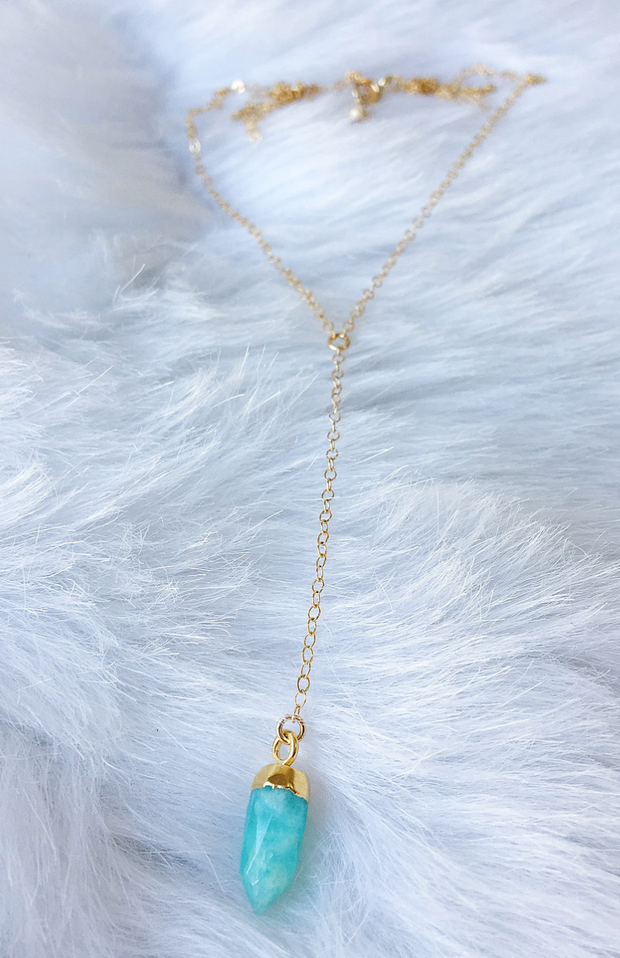 Petit Drop Point Lariat in Gold - The Grinning Goat