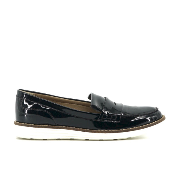 Loafers Patent Black - The Grinning Goat