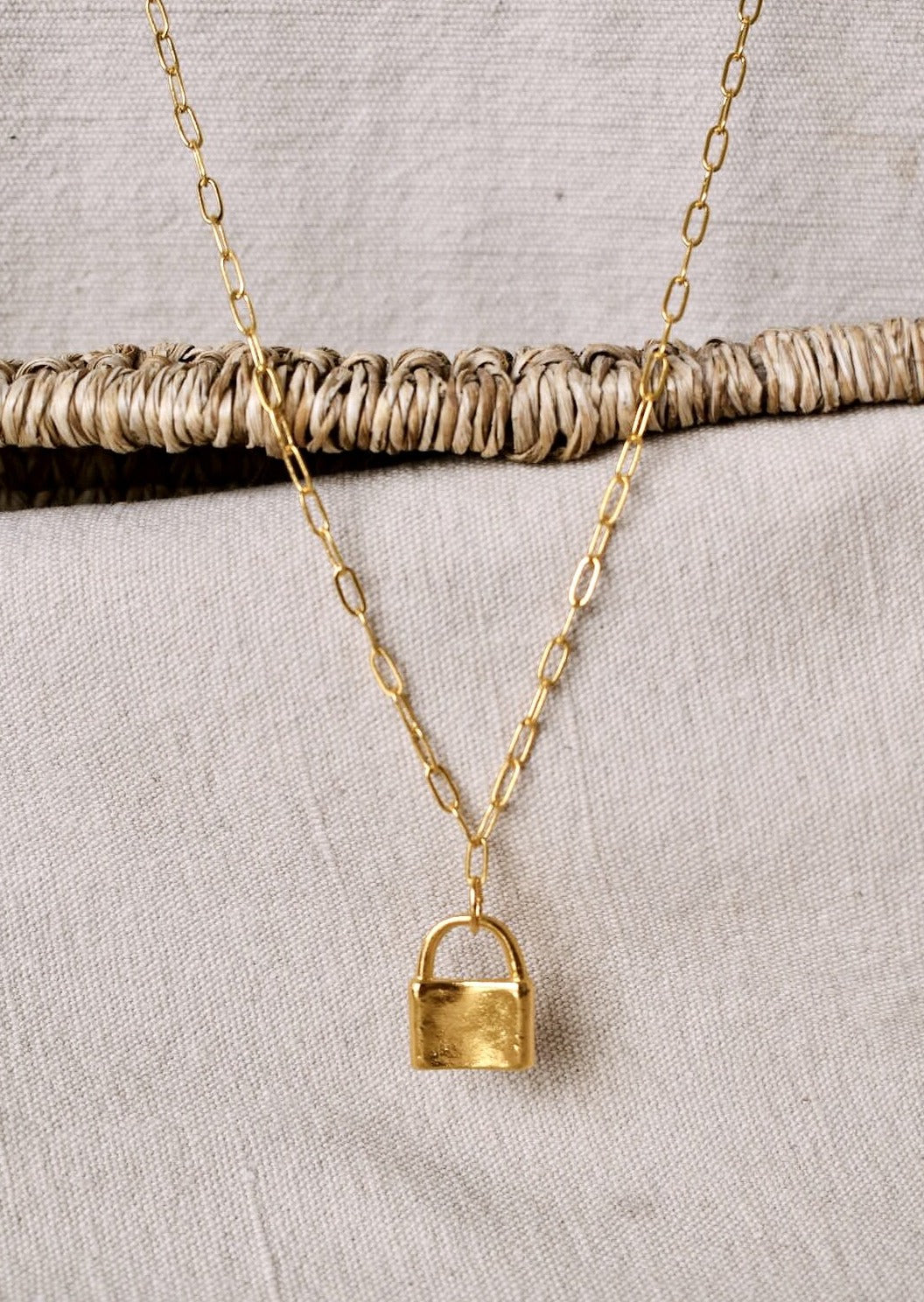 Paddlock Necklace