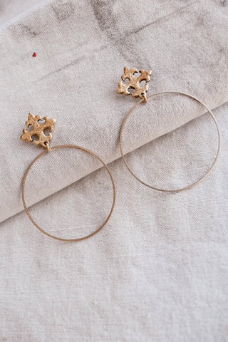 Gold Love Knot Bracelet
