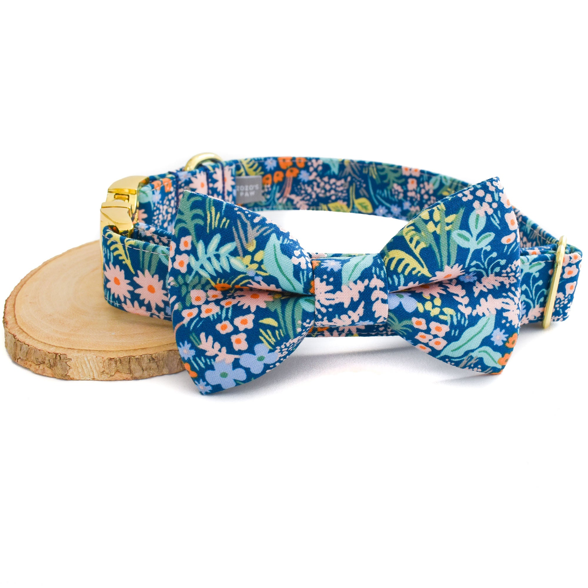 THE BELLA DOG COLLAR AND BOW TIE SET