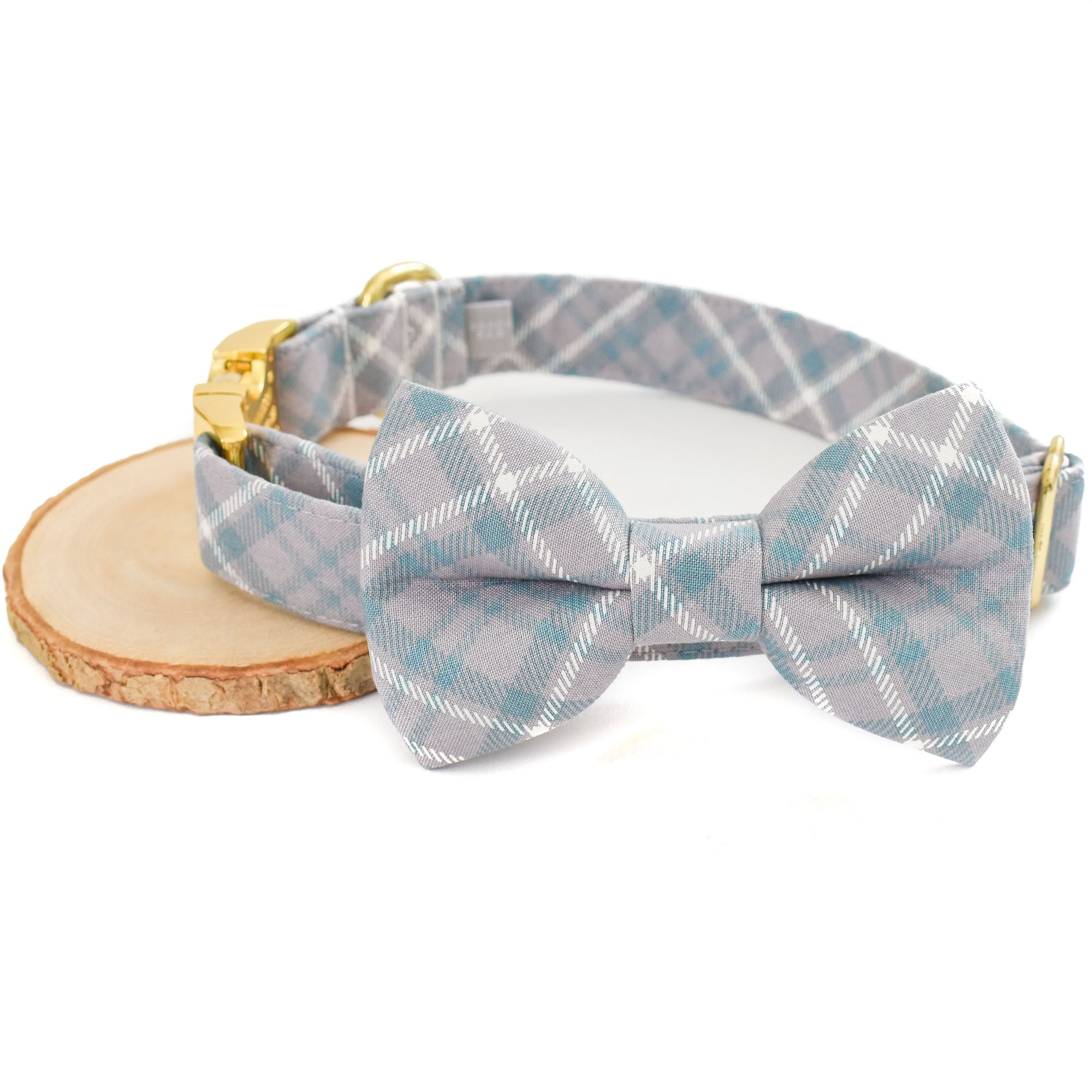 SOPHISTICATED GRAY PLAID DOG COLLAR AND BOW TIE SET