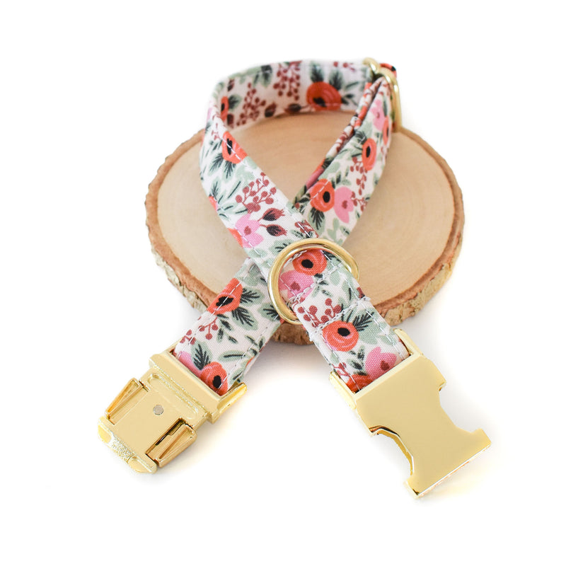 BERRY BLOSSOMS DOG COLLAR AND BOW TIE SET