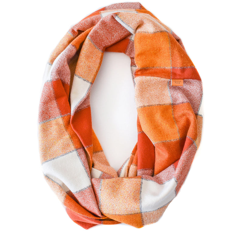 THE OCTOBER - Flannel Infinity Scarf