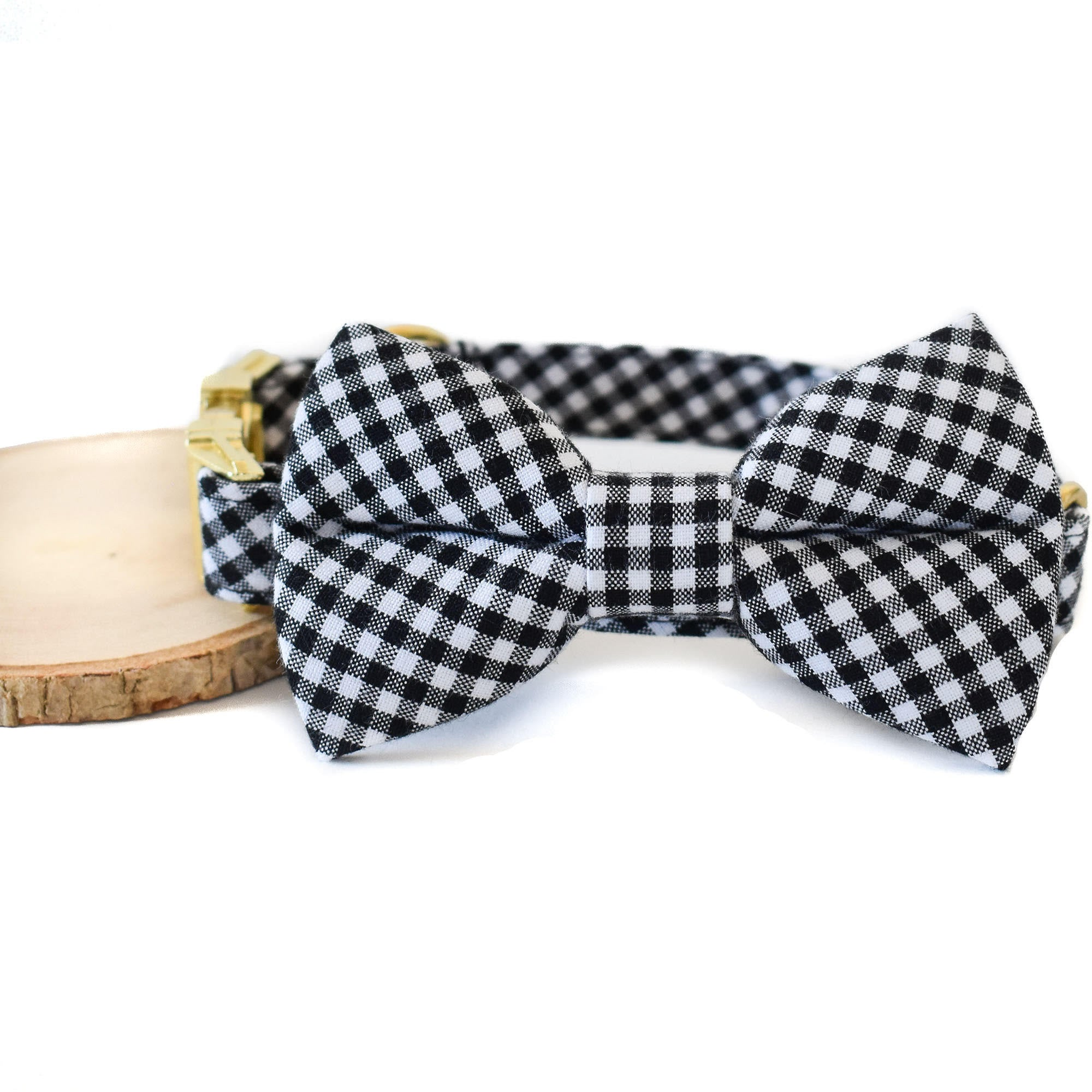 BLACK AND WHITE CHECK DOG COLLAR AND BOW TIE SET